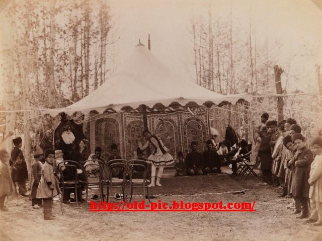 نامه تشکر از حامی old-picture: عكس قديمي از رقص دختر قاجاري در خيمه پادشاهي