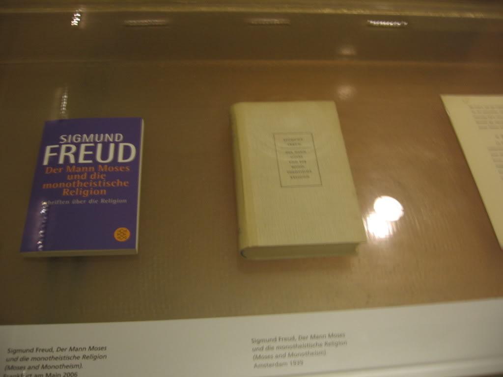 Freud%20Book دانلود کتابها و مقالات زیگموند فروید