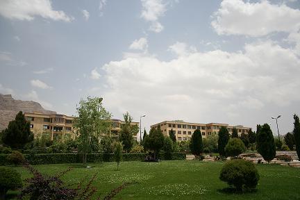 دانشکده برق و کامپیوتر دانشگاه آزاد اسلامی خمینی شهر