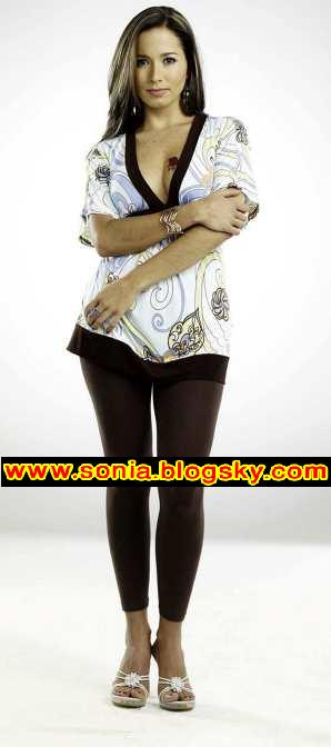 سریال مانوئلا این سریال ۲۵ آبان از gem tv پخش میشود. عکسهای مامویلا