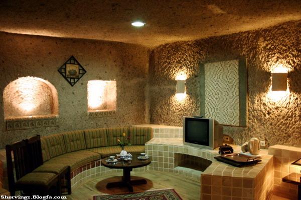 http://s1.picofile.com/file/6189213278/kendevan_hotel5.jpg
