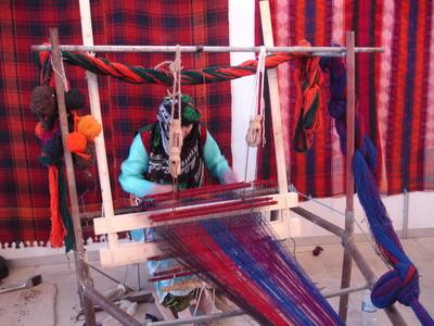 اشتغال زنان در صنایع دستی