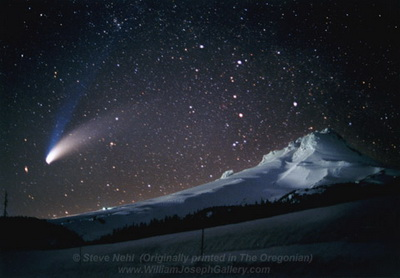 http://s1.picofile.com/file/6296901406/Comet_Hale_Bopp_Over_Mt_Hood_Oregon_Nehl_1997_color_96x5.jpg
