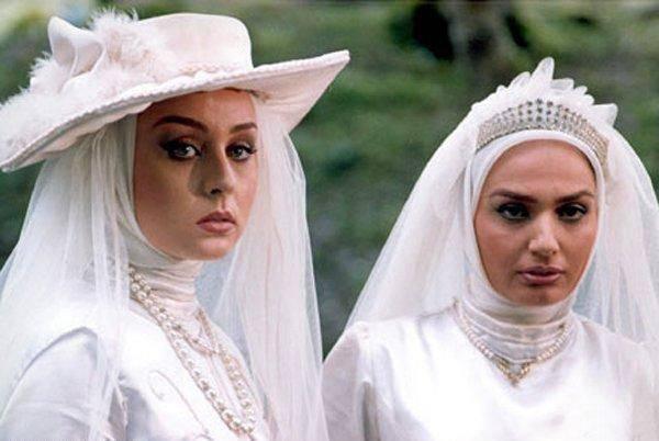 مرجان محتشم در لباس عروسی