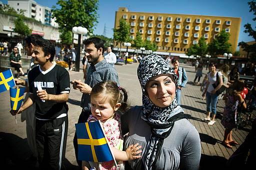 سوئد قوانین پناهندگی خود را محدودتر کرد