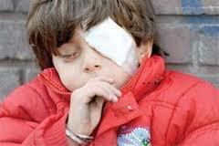 چشمان فاطمه كوچولو در انتظار یاری نوعدوستان