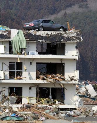 زلزله و سیل ژاپن