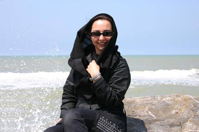 ماهایا پطروسیان در ساحل