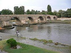 پل سنگی واردار در اسکوپیه