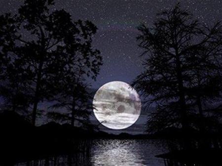 شعری زیبا درباره مهتاب