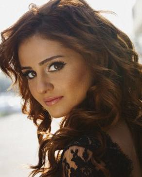 زیباترین خواننده باکو YouTube دانلود آهنگ جدید