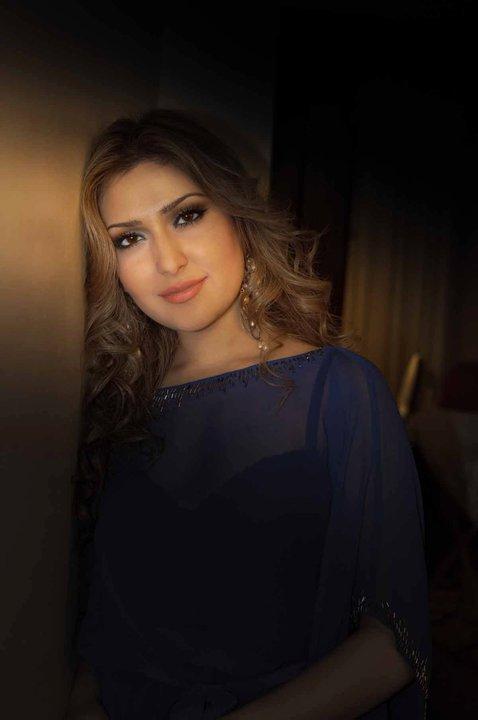 http://s1.picofile.com/file/6942672032/Mozhdah_10_.jpg