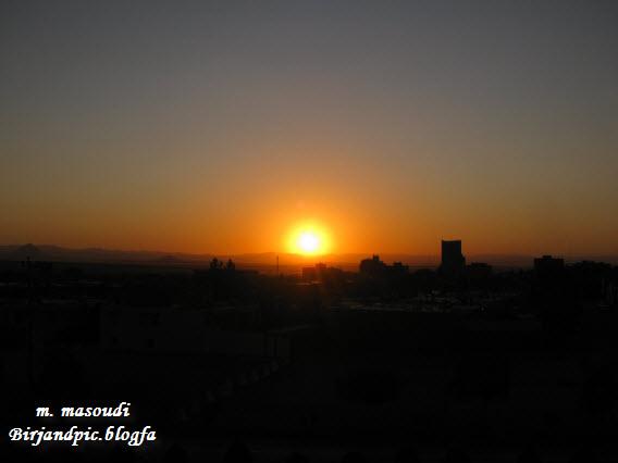 طلوع خورشید در بیرجند در سه سکانس