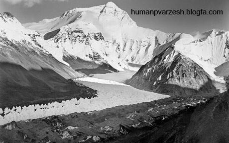 اولین عکس گرفته شده از کوه اورست