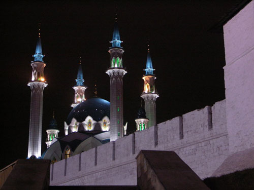 http://s1.picofile.com/file/7109467311/mescid_qazan_turk_tatarista.jpg