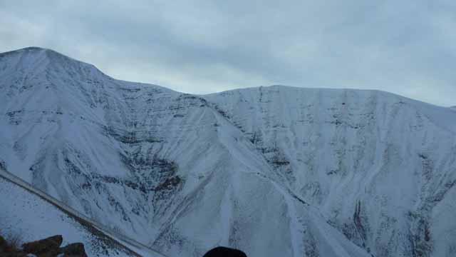 یال اصلی قله زند روبروی کیامکی