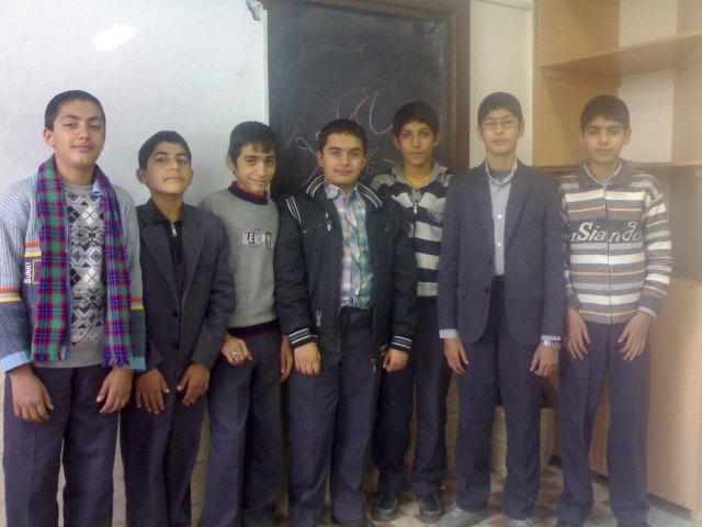 دانش آموزان سوم 10