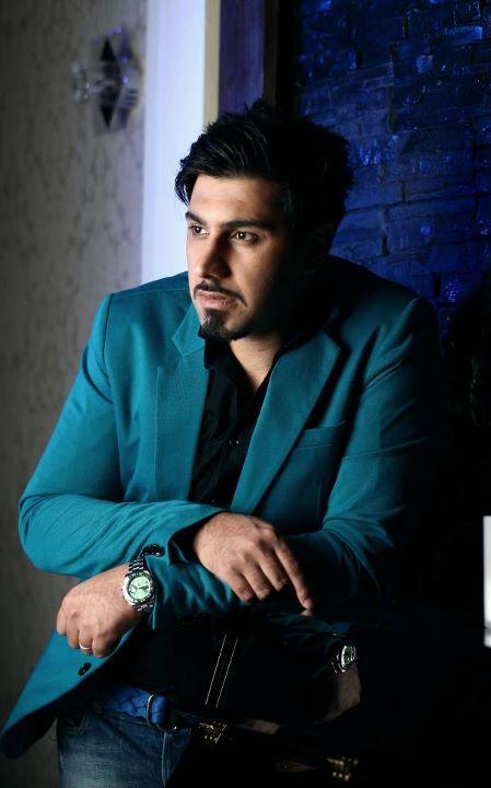 برای ورود به ورژن جدید وب طرفداران احسان خواجه امیری کلیک کنید.