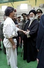 2. مقام معظم رهبری و شی هان حصاری
