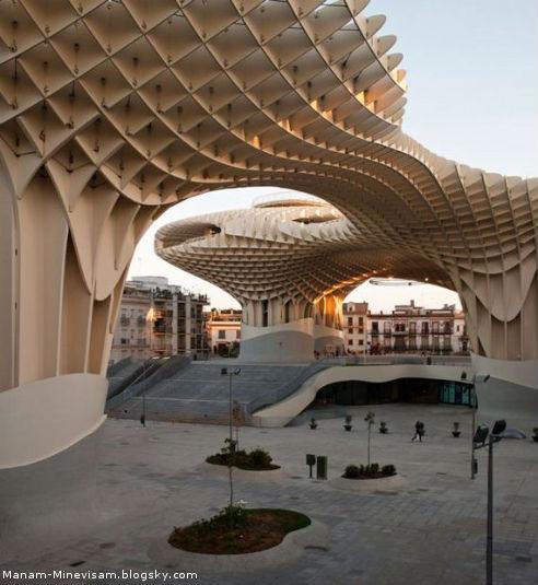 بزرگترین بنای چوبی دنیا
