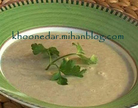 سوپ خامه و قارچ