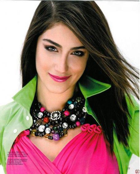 http://s1.picofile.com/file/7265212789/Leyla_Hazal_Kaya03.jpg