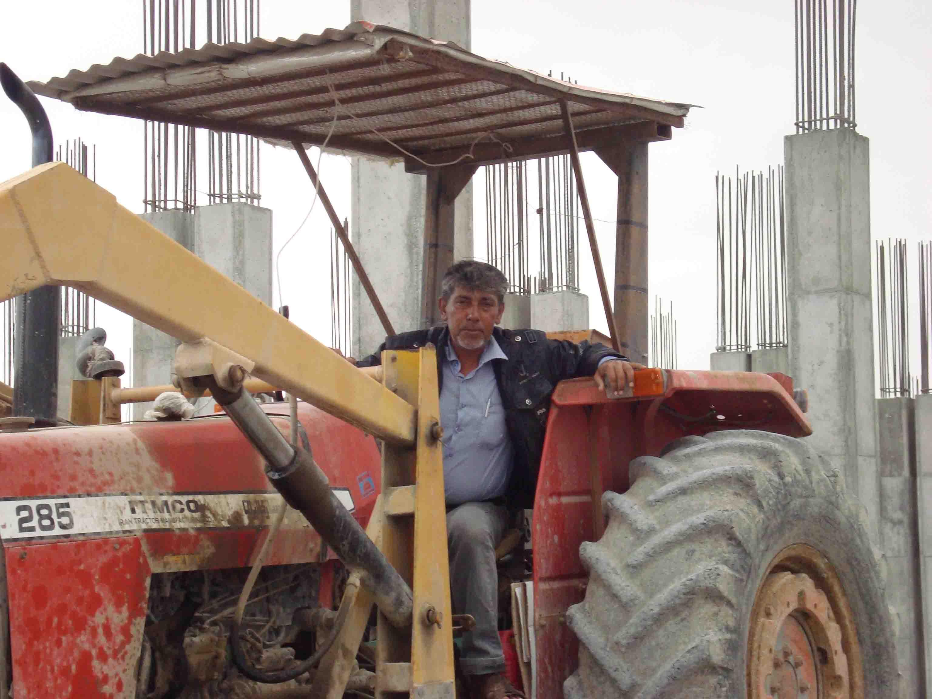 علی هرمزی (واقع در بازار تیاب)