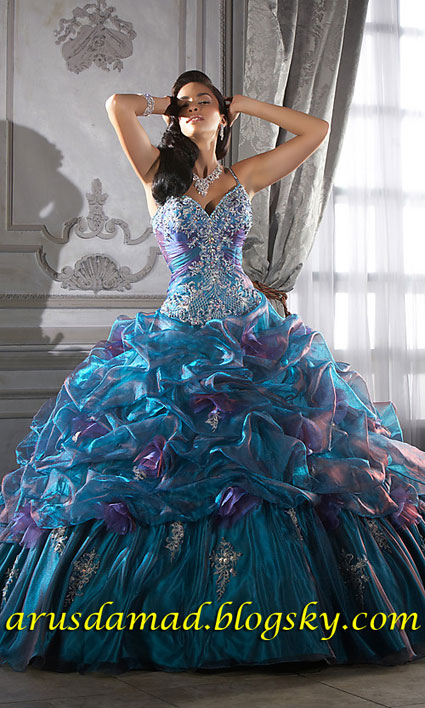 [تصویر:  Colorfully_on_Crystal_Organza_Quinceanera_Dress1.jpg]