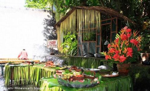 رستوران فیلیپینی در کنار آبشار
