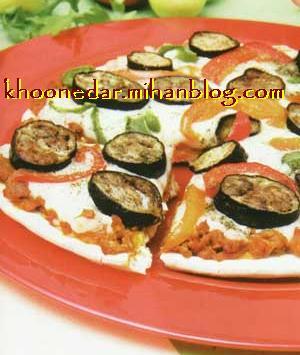 پیتزای گوشت و بادمجان