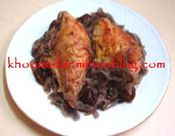 خوراک مرغ و کلم قرمز