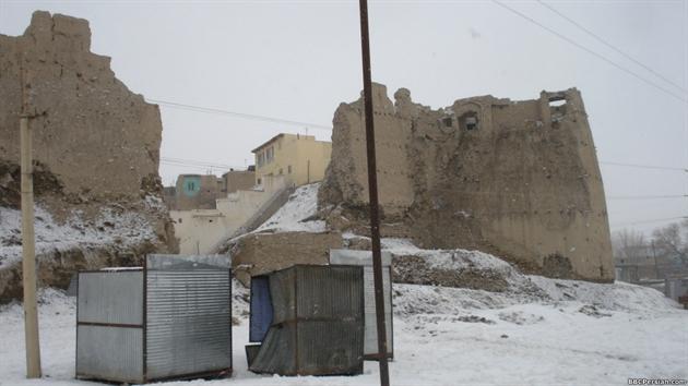 فرو ریختن برج قلعه تاریخی بالاحصار شهر غزنی