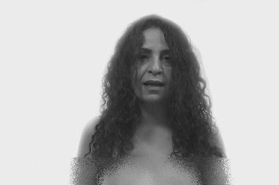 لخت و عریان و برهنه شدن چند زن و دختر فمینیست ایرانی مقابل دوربین + عکس و فیلم