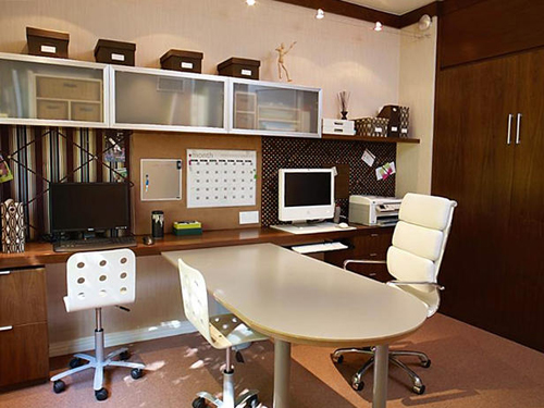 http://s1.picofile.com/file/7341993224/DP_islas_murphy_bed_office_2_s4x3_lg.jpg