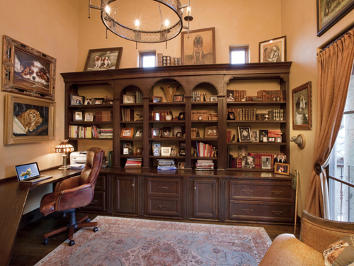 http://s1.picofile.com/file/7342001719/DP_Thomas_Oppelt_master_office_dark_wood_shelving_unit_s4x3_lg.jpg
