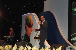 اجرای برنامه های طنز و شاد توسط حسن ریوندی