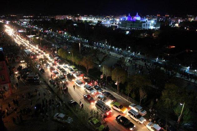 عکس مزار شریف شب