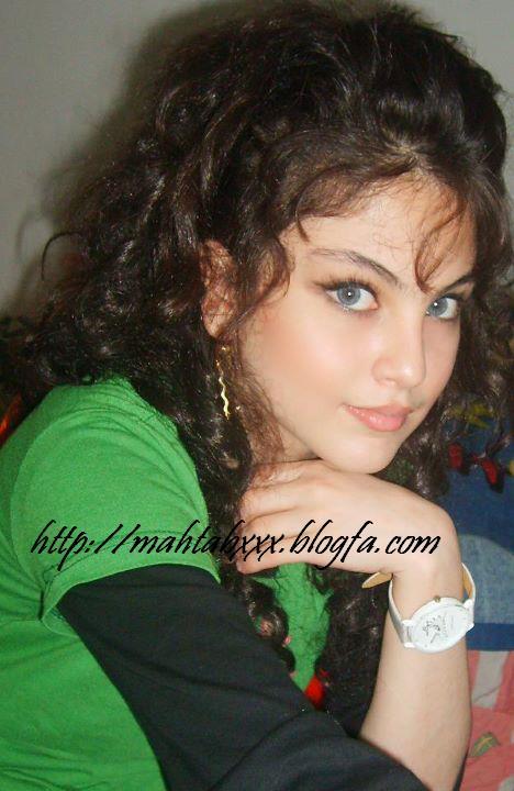 عکس دست دختر ایرانی