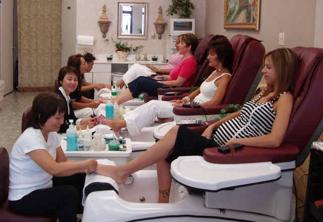 for 20 lounge nail salon