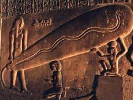 به ادعای دانیکن در مصر باستان الکتریسیته و لامپ وجود داشته است