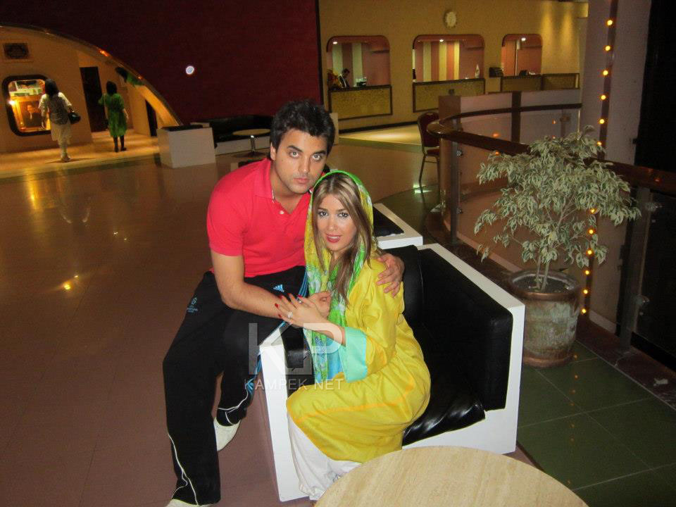 عکس جدید ایمان حضرتی و همسرش