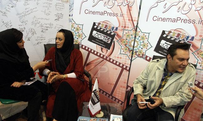 عکس های الهام چرخنده و همسرش فرشید نوابی در نمایشگاه مطبوعات