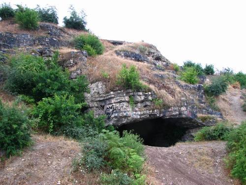 غار کمربند بهشهر