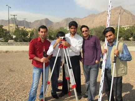 از راست:حسین فقهی-هادی حداد خوزانی-علی مرزه ئی-هادی افضلی- بهزاد محمدی