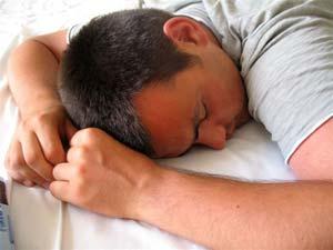 چگونه با خواب بیش از حد مبارزه كنیم ؟