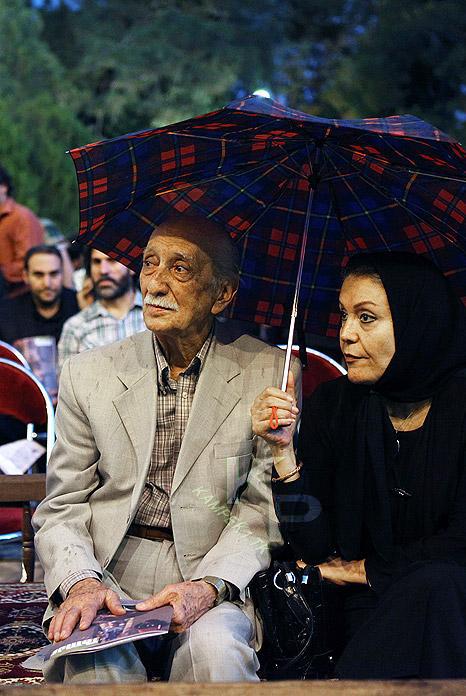 عکس جدید داریوش اسد زاده و همسرش