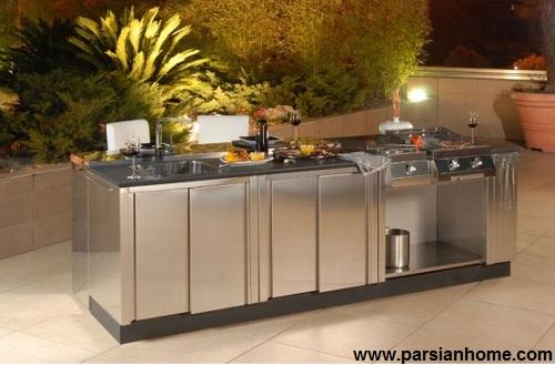آشپزخانه کوچک در حیاط