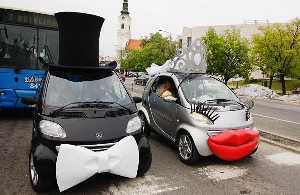 عکس مدل های تزئین ماشین عروس سال 92