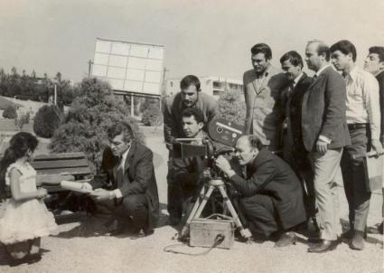 پشت صحنه فیلم سلطان قلبها با بازی زنده یاد محمد علی فردین و لیلا
