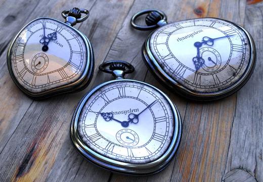 curved time - ساعت های خم شده - زمان پیچیده